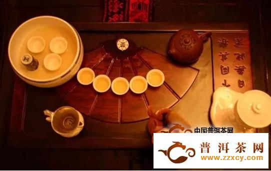 不管是喝普洱茶,还是喝其他哪种茶,千万不要太作!