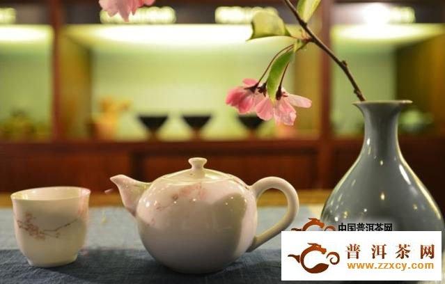 喝普洱茶出汗的机理,道出了品茗难以置信的愉悦